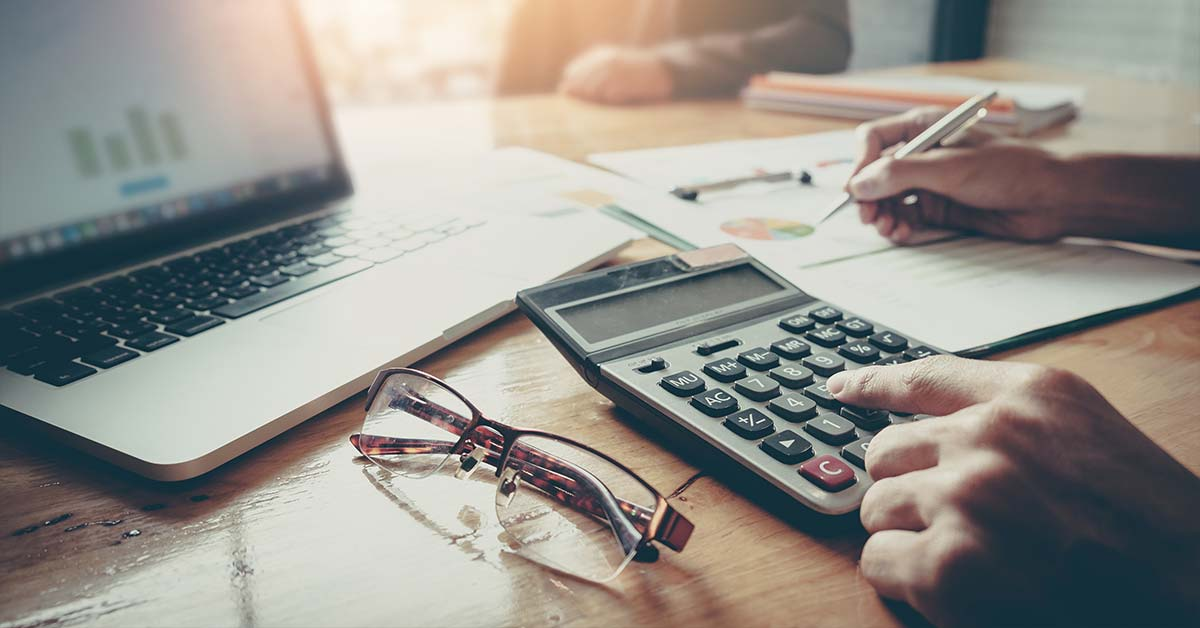 How to Know When to Hire a Tax Professional |Tax Professional